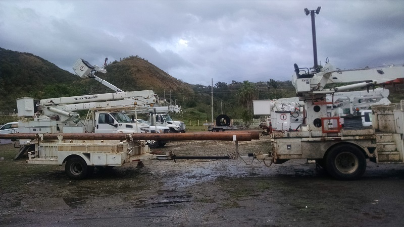 Electric bucket trucks in Puerto Rico
